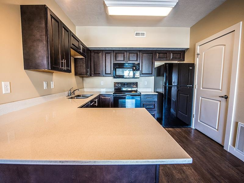 Fully Equipped Kitchen | The Cove at Overlake