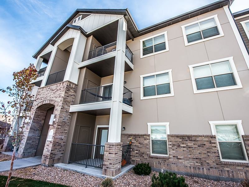 The Cove at Overlake Apartments in Tooele, Utah