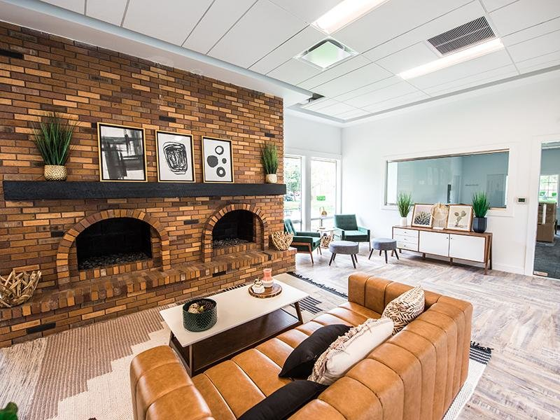 Clubhouse Living Room   Cherry Hill
