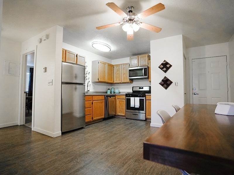 Kitchen | Goldstone Place Apts