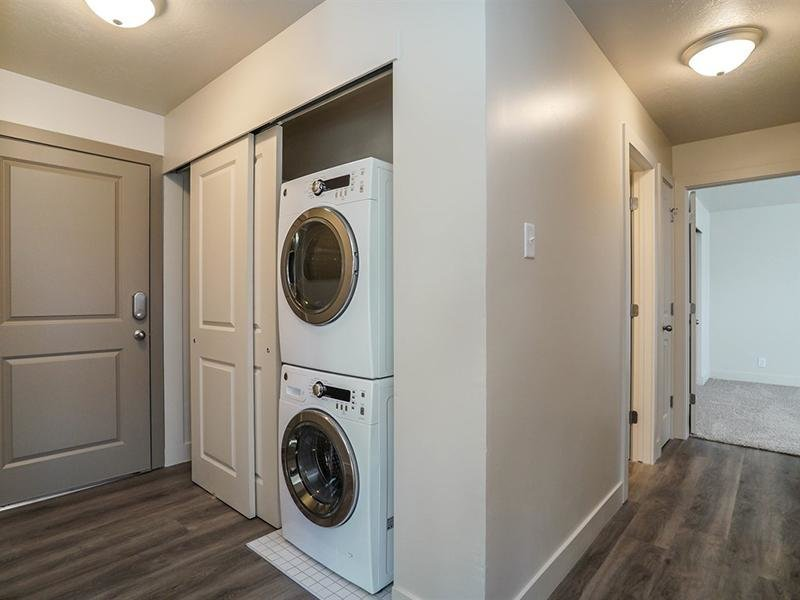 Washer & Dryer | Harrison Pointe Apartments