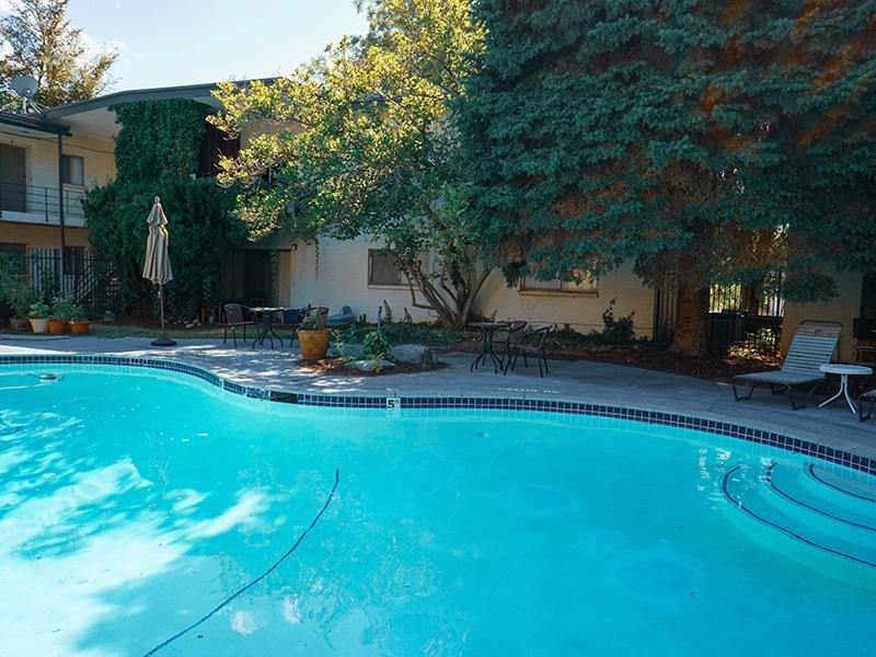 Pool | Highland Terrace