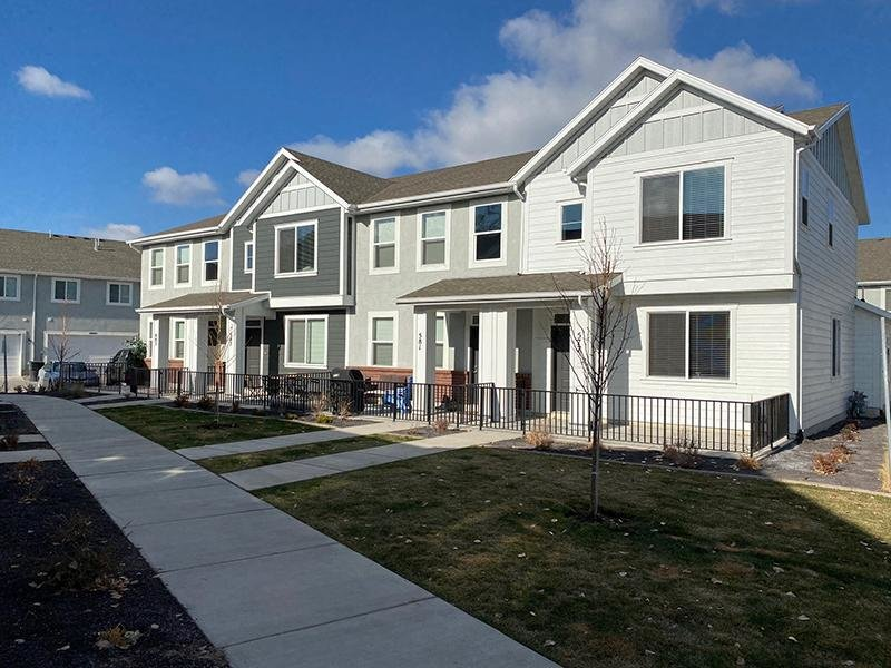 Townhomes in Murray, UT | River Park Commons