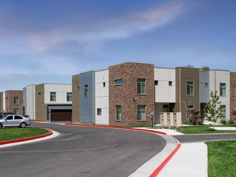Building Exterior | Madrona Apartments