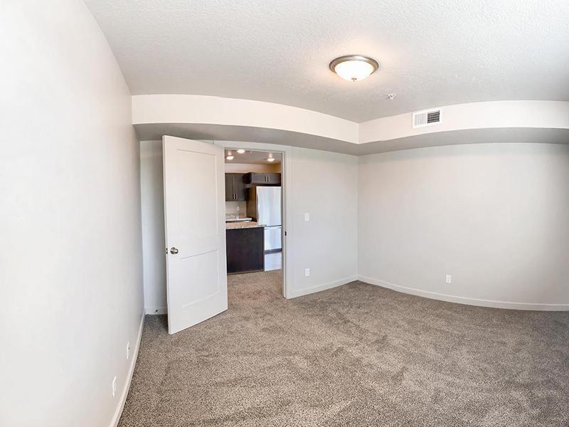3x2 Bedroom | Millcreek Cove