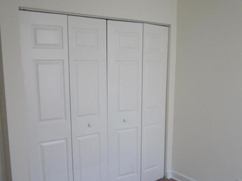 Closet   Baric Lawndale