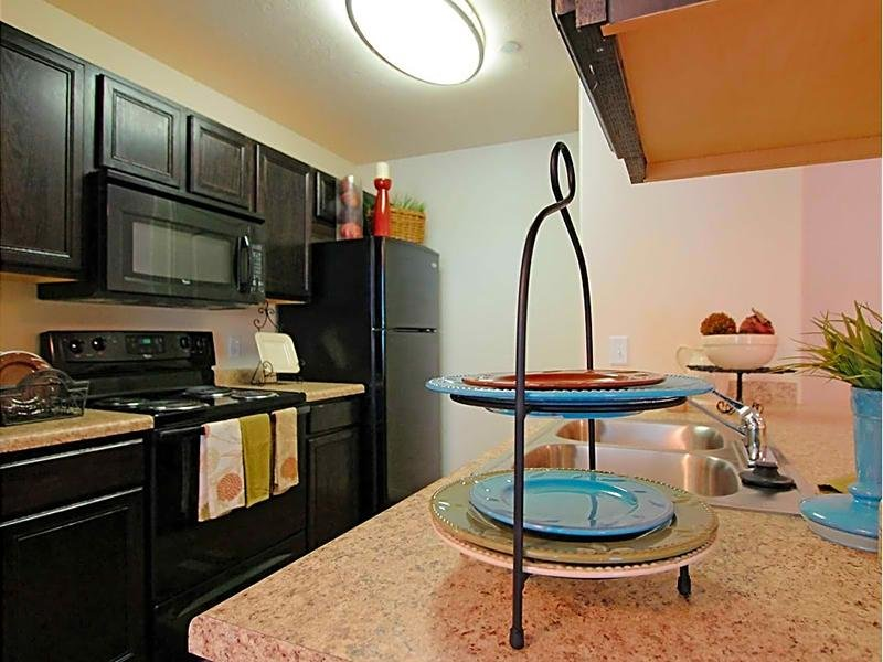 eGate Apartments Community Features