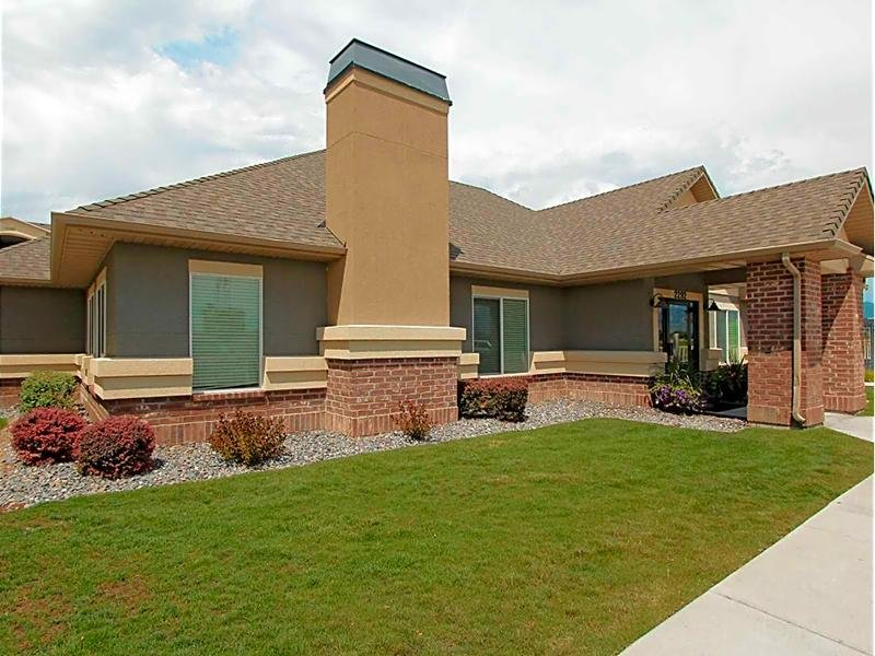 Clubhouse Exterior | eGate Apartments in West Valley, UT