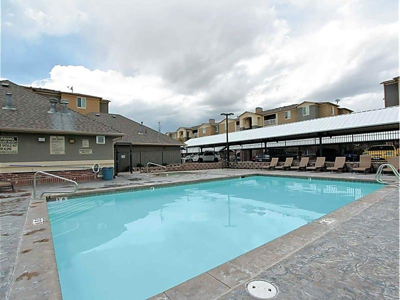 Swimming Pool | eGate Apartments in West Valley, UT