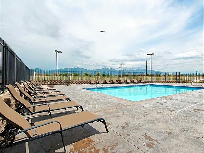 Pool | eGate Apartments in West Valley, UT