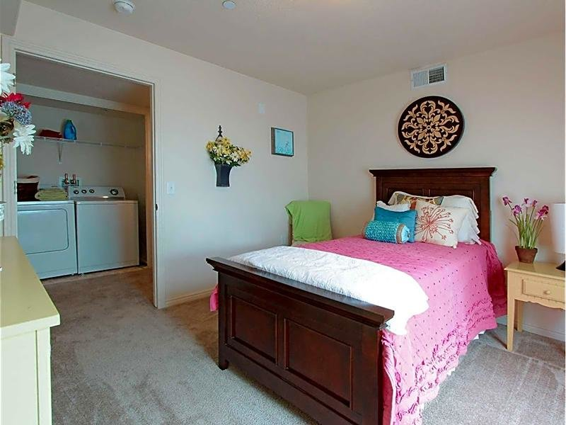 Washer & Dryer | eGate Apartments in West Valley, UT