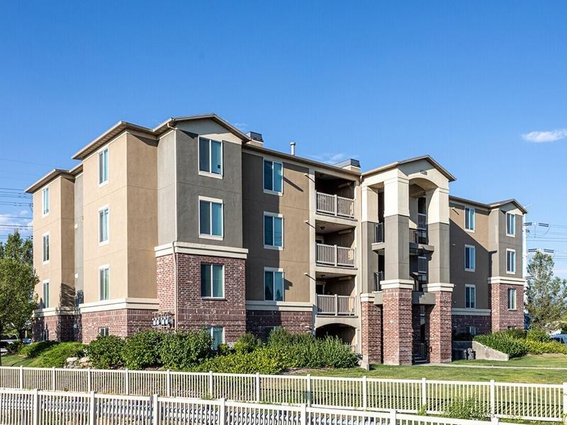 Exterior | eGate Apartments in West Valley, UT