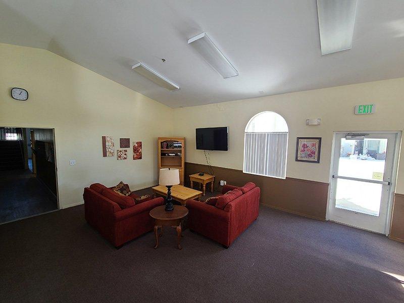 Resident Lounge | Elk Creek