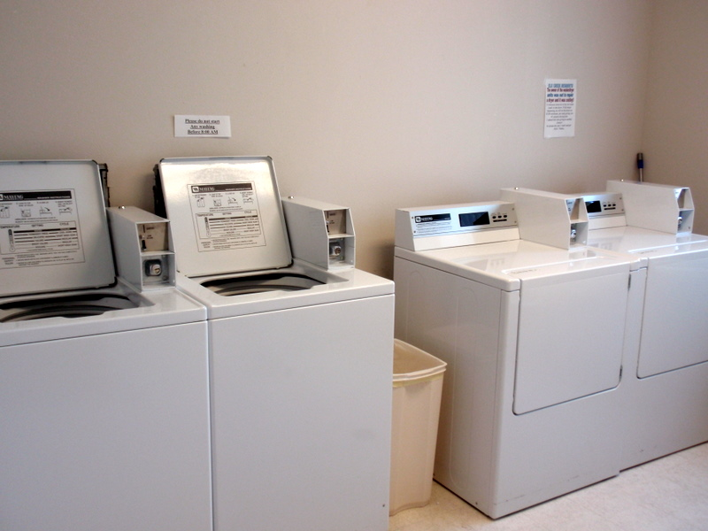 Laundry Facility | Elk Creek