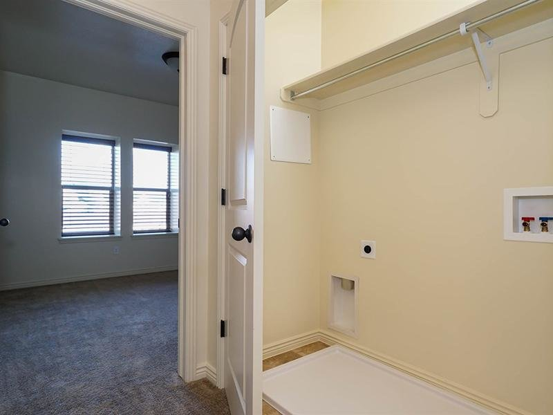 Laundry Room | Fernwood Place Apartments