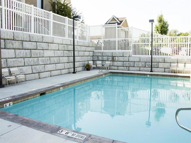 Pool | Front Gate Apartments