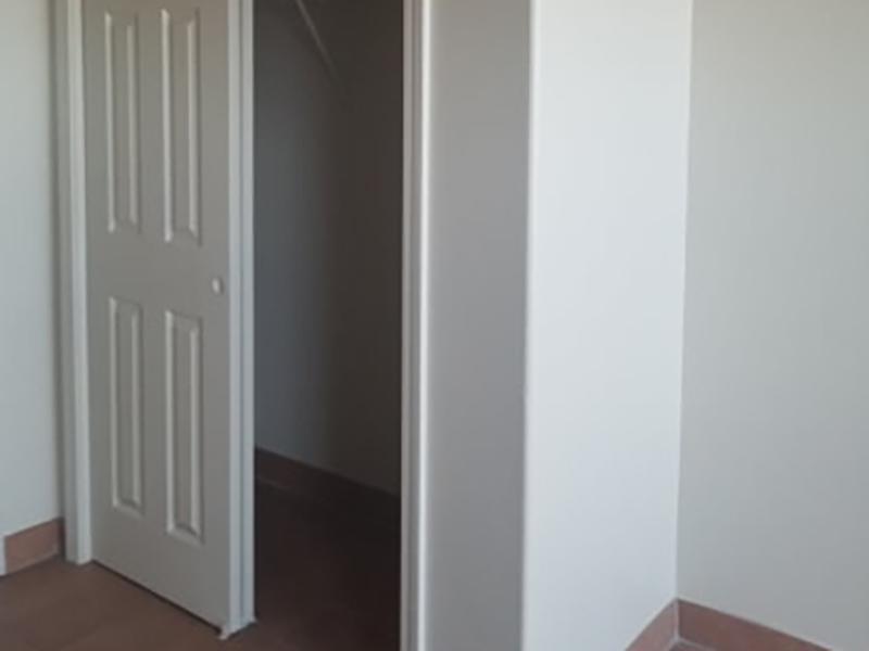 Closet   The Kirk Apartments