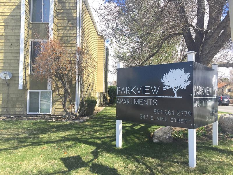 Murray Park View Community Features