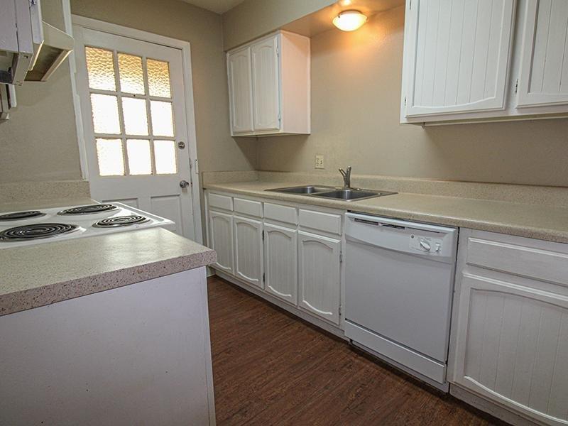 Kitchen   Wellington Apartments