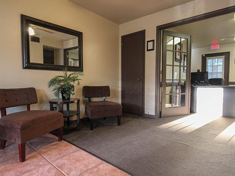 Lobby   Wellington Apartments in Amarillo, Texas