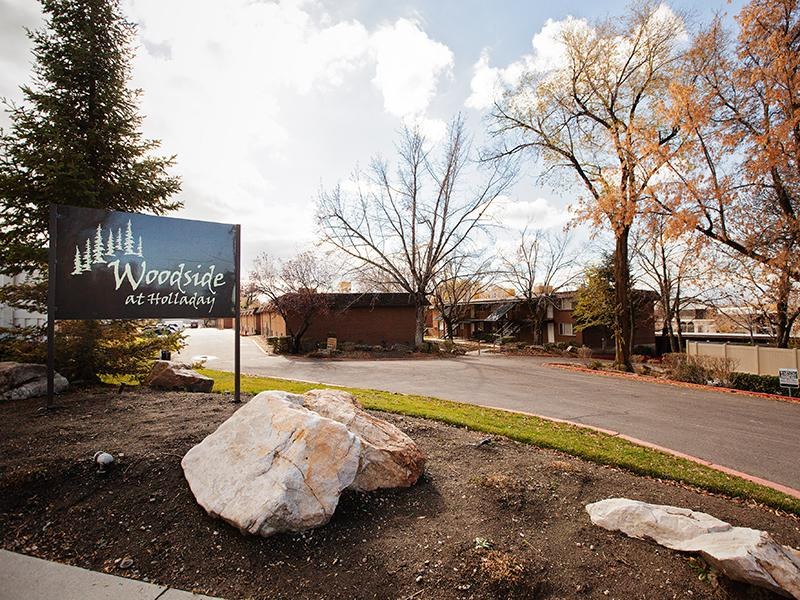 Woodside At Holladay Apartment Features