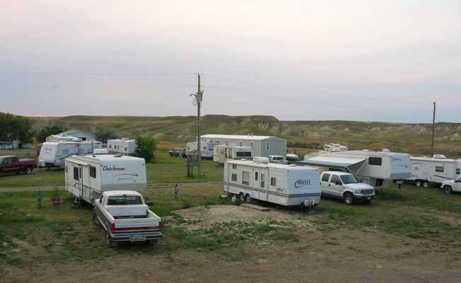 Horse Creek Trailer Court & RV   Missouri River Country