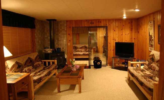 Yellowstone Wildlife Cabins profile image