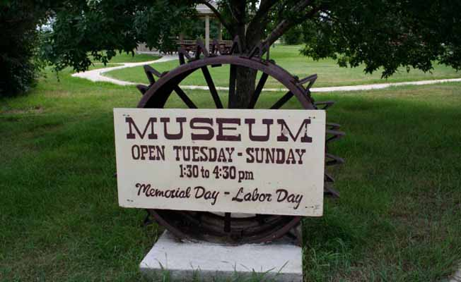 Pioneer's  Pride Museum | Missouri River Country