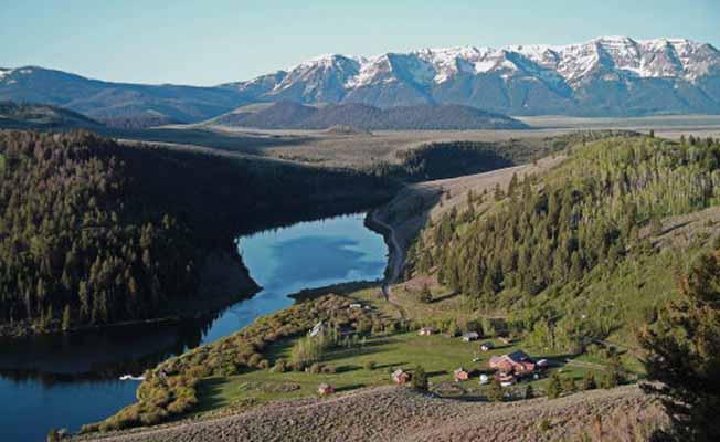 Elk Lake Resort profile image