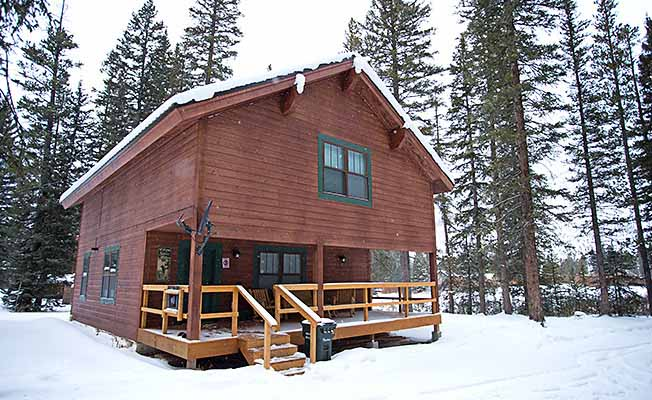 Silver Willows Cabins profile image