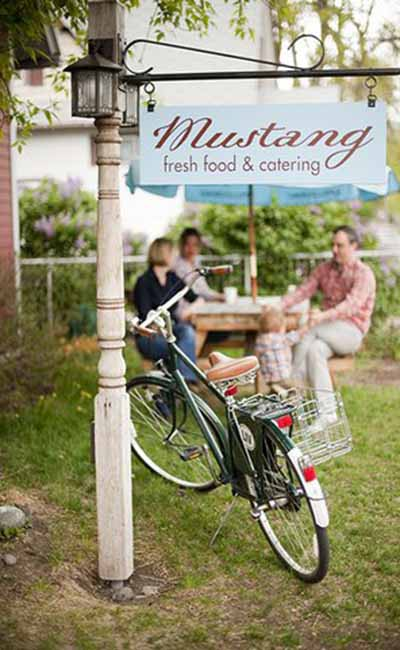 Mustang Fresh Food and Catering profile image