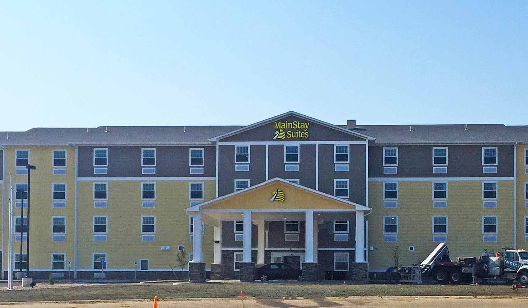 MainStay Suites - Sidney | Missouri River Country
