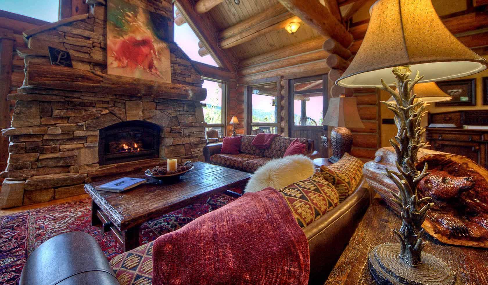 Souvenirs Lodge profile image
