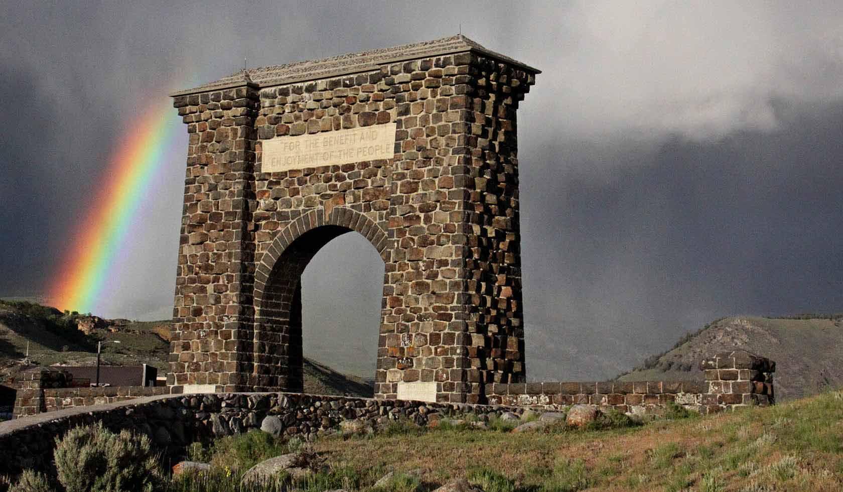 Yellowstone Insight, MacNeil Lyons Guiding, LLC. profile image