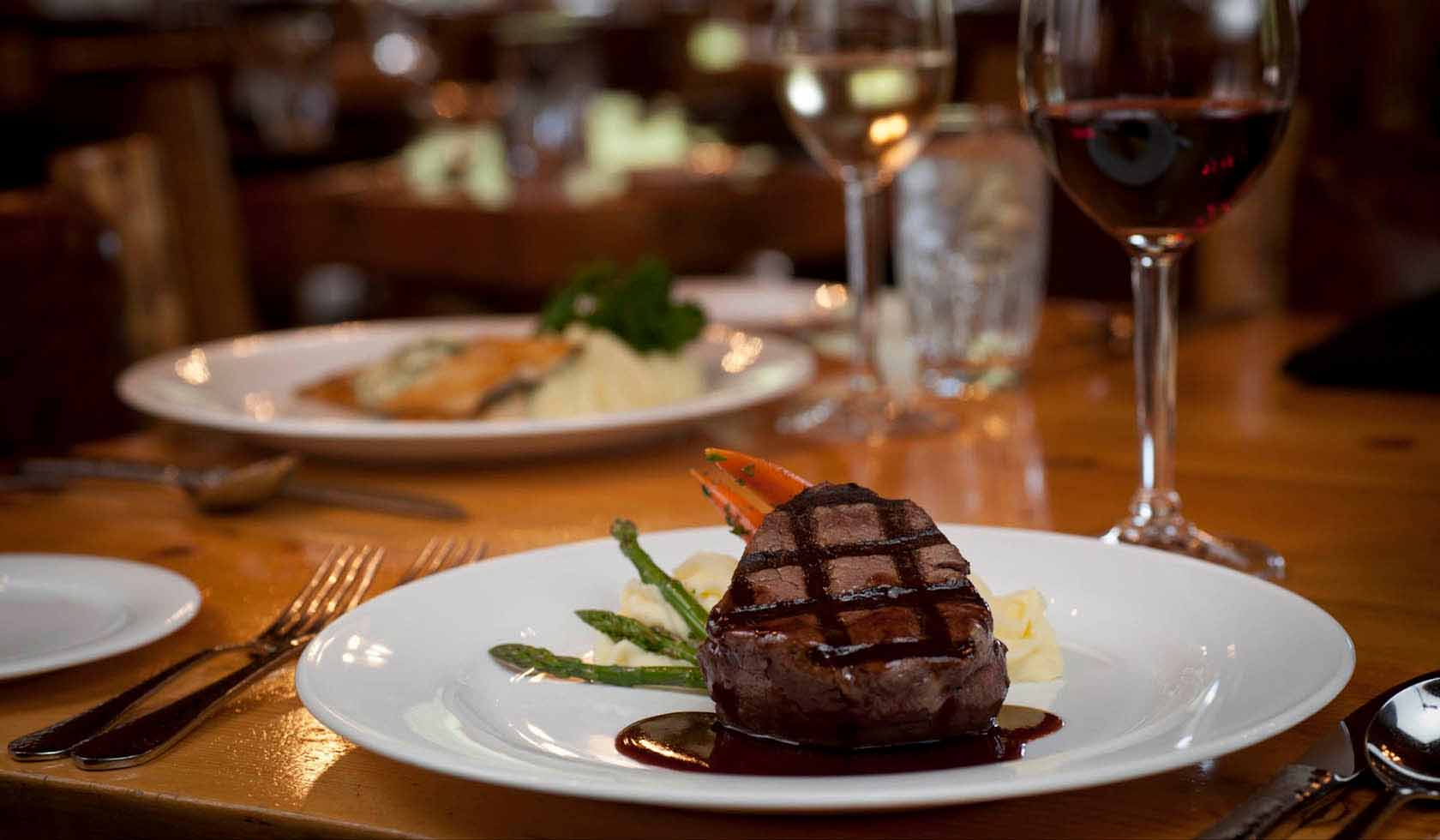 320 Steak House Restaurant profile image