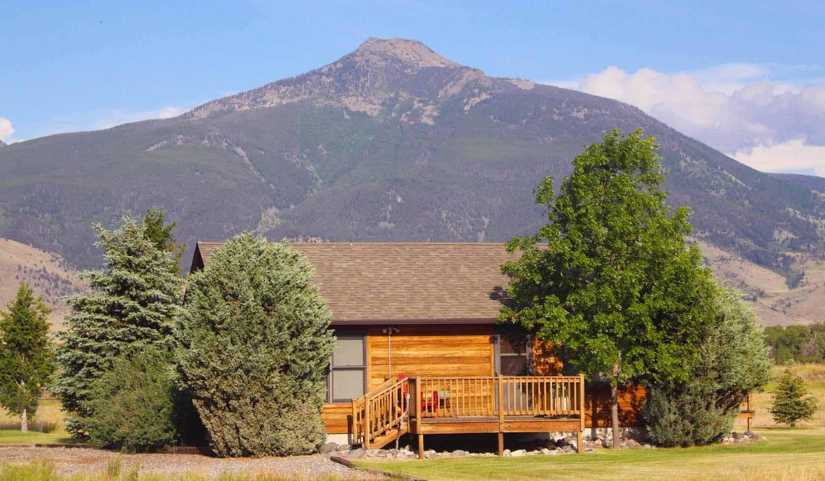Johnstad's Bed & Breakfast & Log Cabin profile image