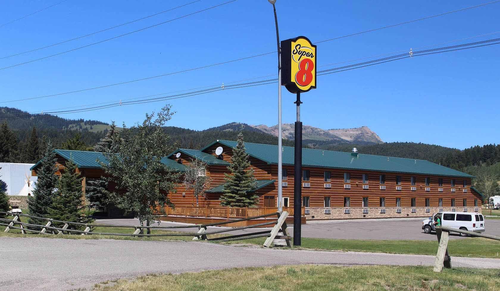 West Yellowstone Super 8 Motel profile image