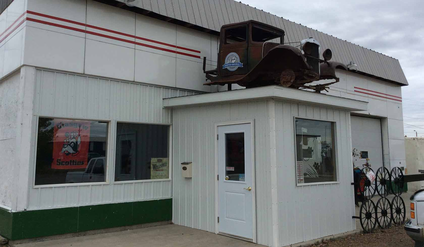 Busted Knuckle Brewery | Missouri River Country
