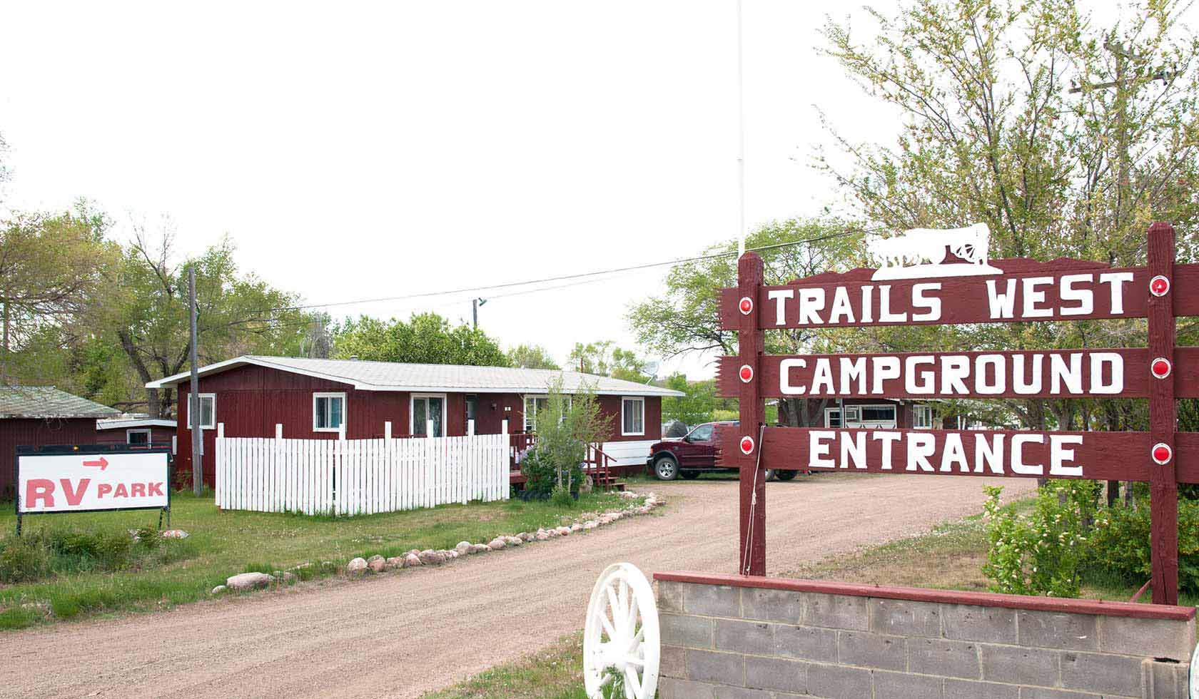 Trails West Campground   Missouri River Country