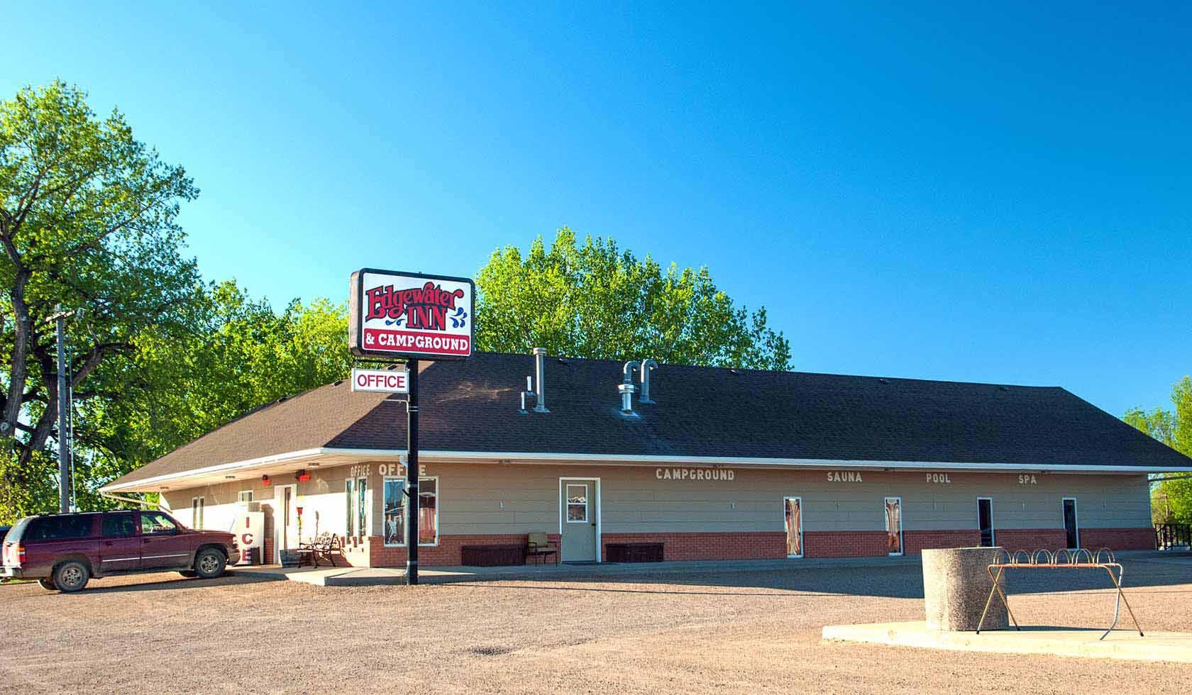 Edgewater Inn | Missouri River Country