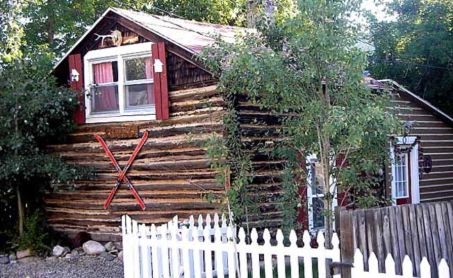 A Little Cabin in Red Lodge profile image