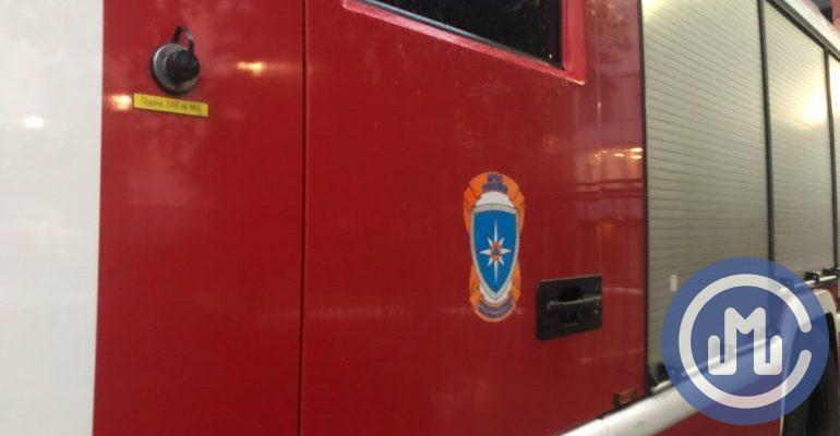 Одного человека спасли при пожаре в 22-этажном жилом доме в Москве