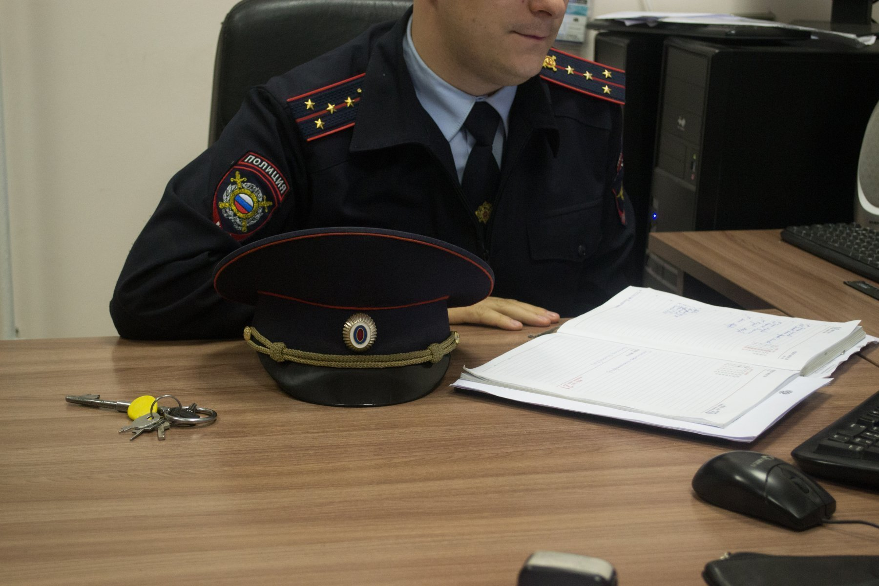 Полиция проверяет столичное метро, вокзалы и аэропорты после сообщения о «минировании»