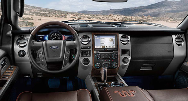 Interior Photo Of  Ford Expedition Xlt Safari