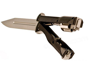 Knife with 22 caliber revolver