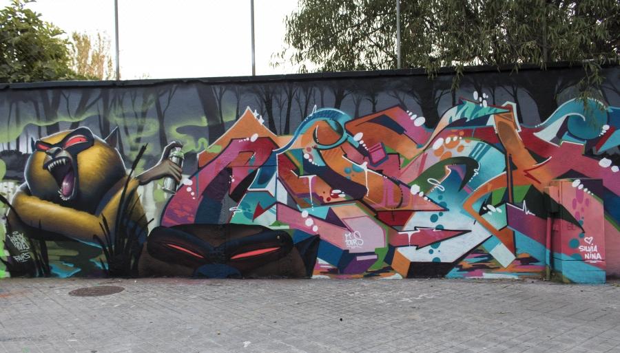 Wallspot - cbs350 - Harry bones + musa71 + grisone + feaconescote - Barcelona - Agricultura - Graffity - Legal Walls - Letters, Illustration