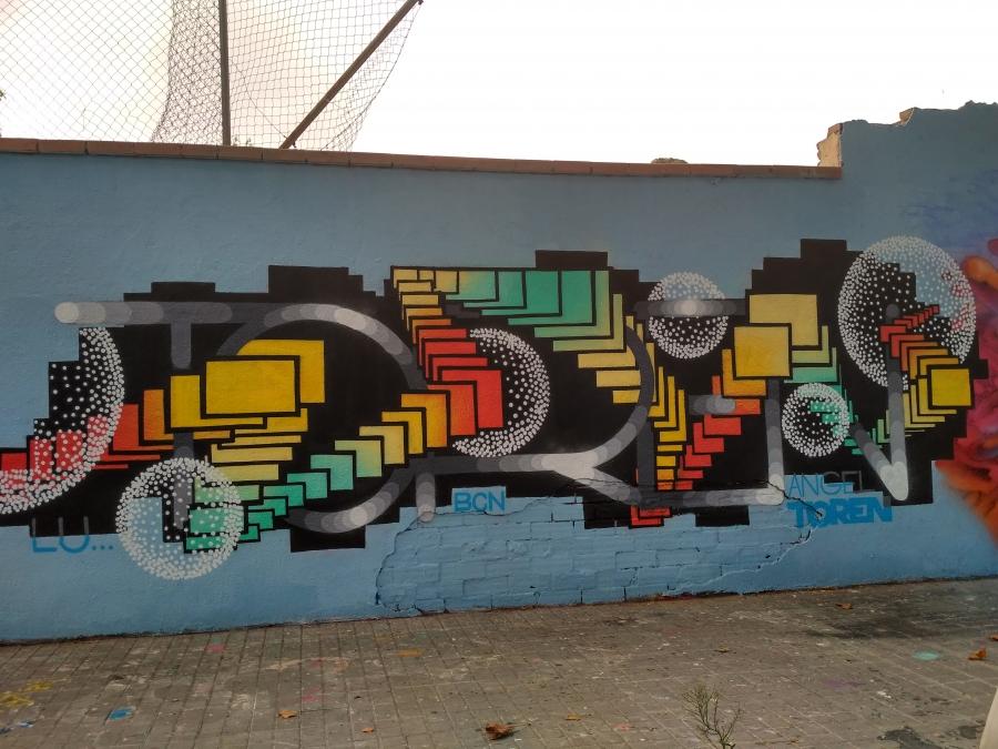 Wallspot - evalop - evalop - Projecte 07/09/2017 - Barcelona - Agricultura - Graffity - Legal Walls - Illustration - Artist - Angeltoren