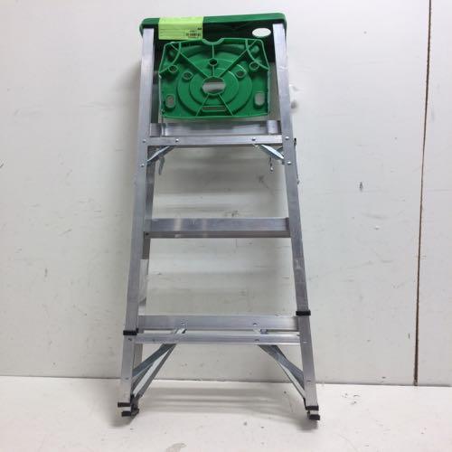 Louisville AS2004 Ladder size 49 in