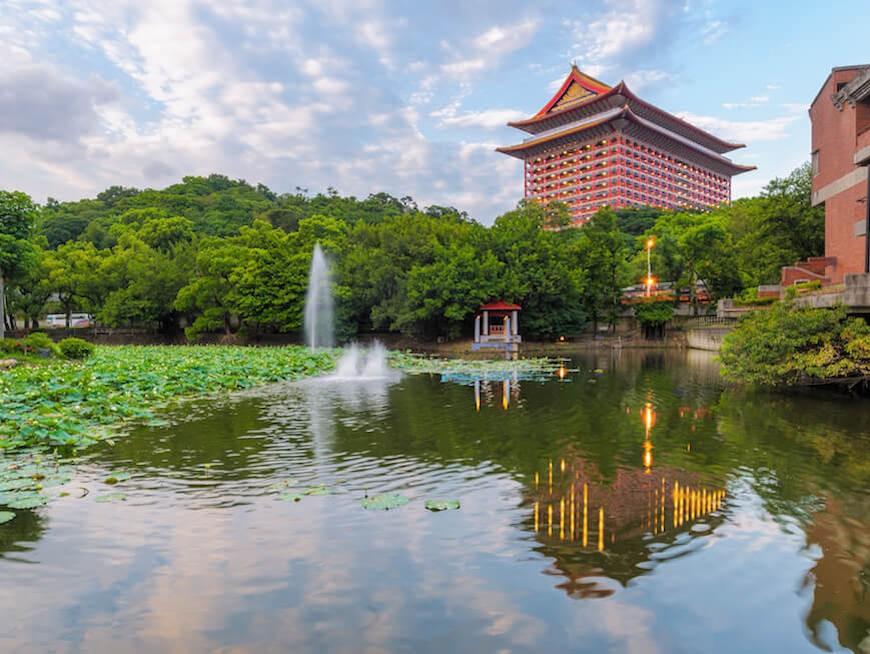 Absolute flexibility around Taipei