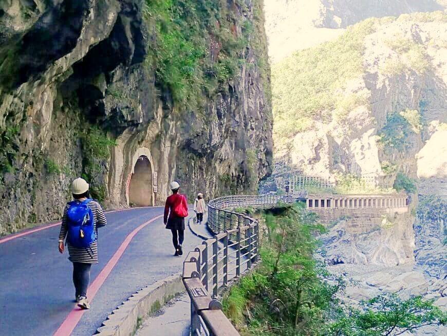 Enjoy stunning views of Taroko Gorge